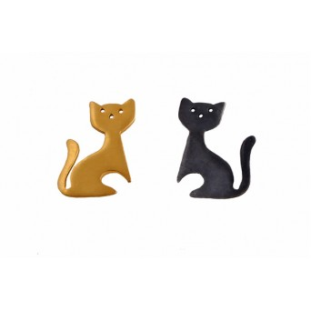 Antria Handmade Silver Stud Cat Earrings