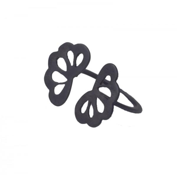 Antria Ασημένιο δαχτυλίδι λουλούδι μαύρο πλατίνωμα