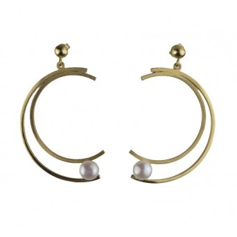 ARTE Gold plated silver crescent pearl earrings