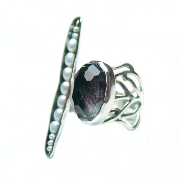 Efstathia Asymmetric silver ring with white pearls & spectrolite