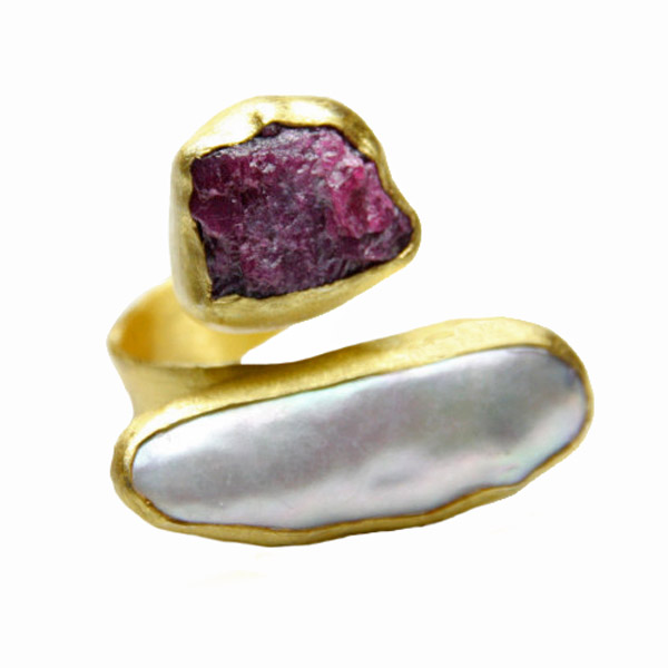 Efstathia Golden silver ring with ruby and fresh water pearl