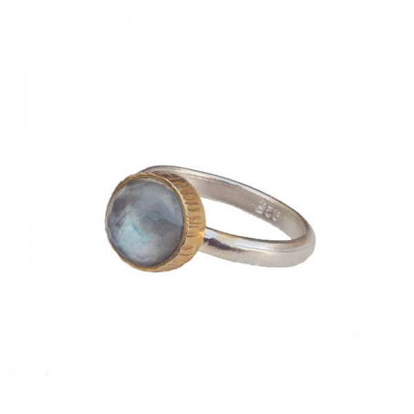 Joy Ασημένιο μονόπετρο δαχτυλίδι με χαλαζία