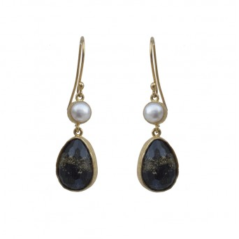 Joy Gold Plated Silver Hook earrings with quartz and pearl