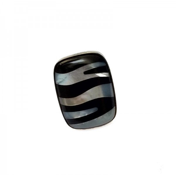 Jt Silver ring with onyx and mother of pearl