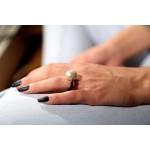 Jt Ασημένιο μονόπετρο δαχτυλίδι πέρλα λευκή και καουτσούκ