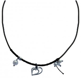 Jt Silver heart necklace with pearls and Swarovski