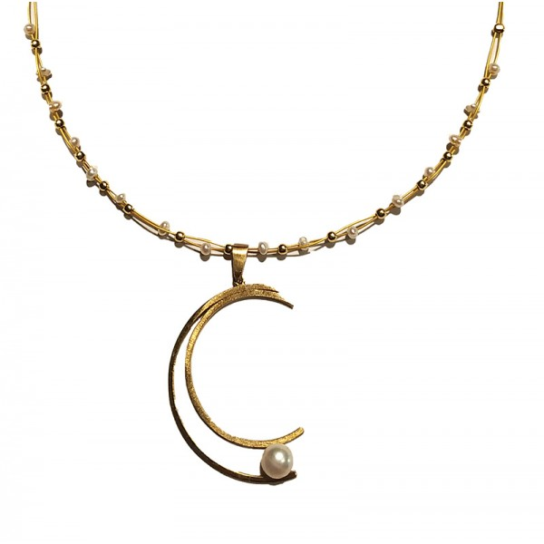 Jt Gold plated silver fresh water pearls moon necklace