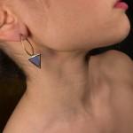 Jt Ασημένια επίχρυσα σκουλαρίκια κρίκοι με τρίγωνα μπλε