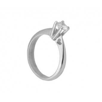 Cr Silver solitaire heart ring with white zircon