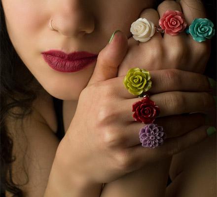 κοσμηματα με λουλουδια