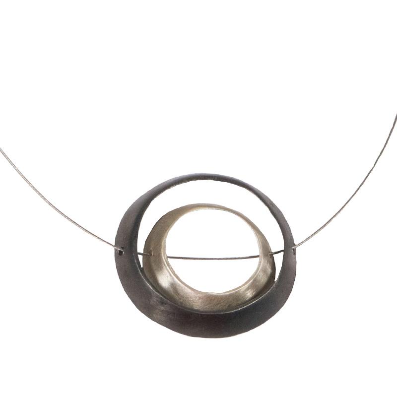 AD Πρωτότυπο ασημένιο κολιέ κύκλοι σε λαιμαριά