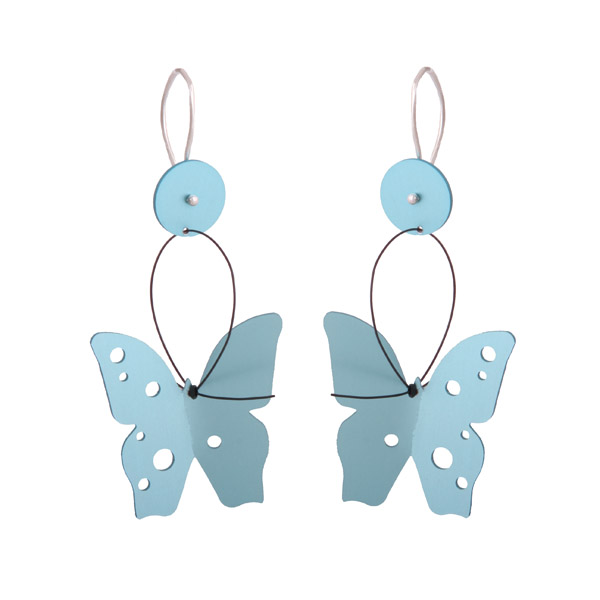 Antria Ασημένια σκουλαρίκια πεταλούδα από γαλάζιο αλουμίνιο