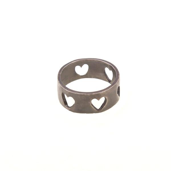 Antria Ασημένιο δαχτυλίδι φαρδιά βέρα με διάτρητες καρδιές