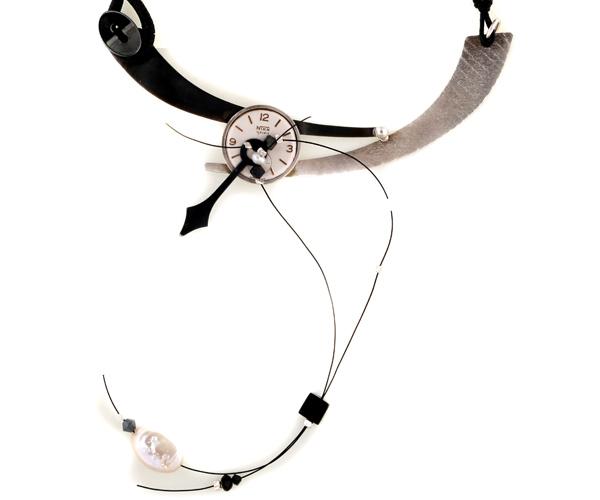 Krini Aσημένιο κολιέ vintage ρολόι αιματίτες, κοράλλια και Swarovski