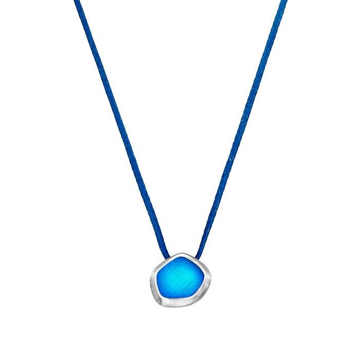 Onirolithi Ασημένιο πολυγωνικό μπλε μενταγιόν σε κορδόνι